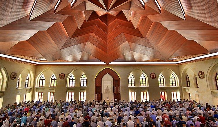 şeyh hamidi veli somuncu baba türbesi cami külliyesi namaz mimari