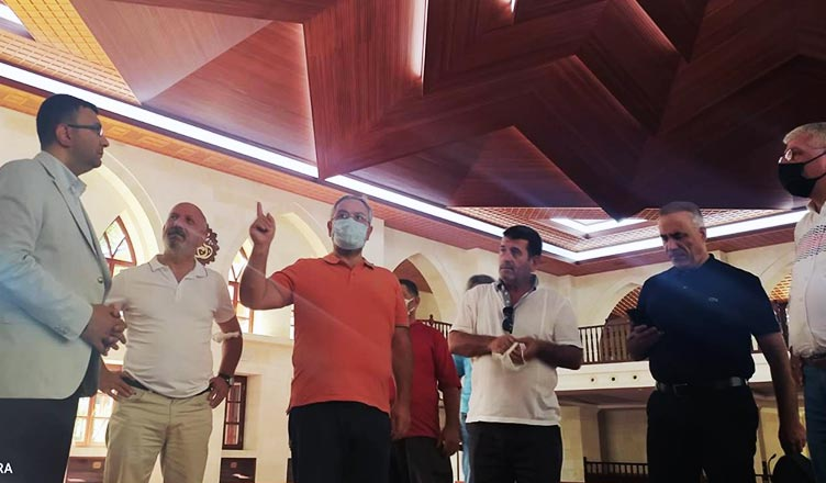İstanbul Milletvekili hemşehrimiz Halis Dalkılıç ve beraberindeki il/ilçe belediye başkanları Darende Şeyh Hamid-i Veli Somuncu Baba Külliyesi'ni ziyaret ettiler.
